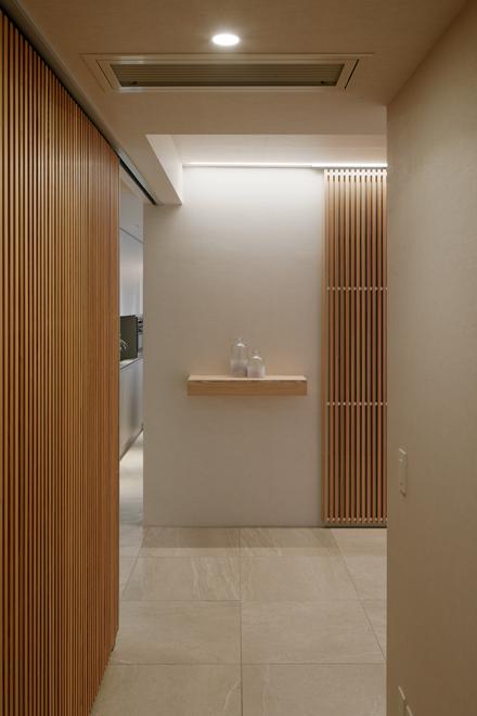 廊下の飾棚